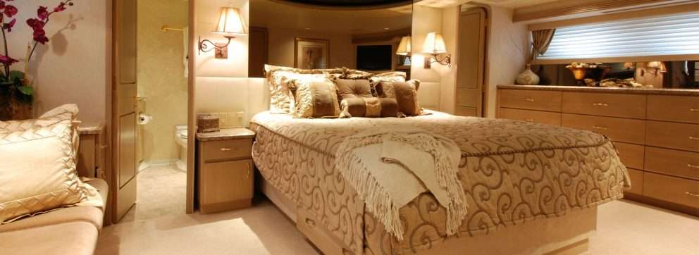 Custom made beds by Slumbercorp